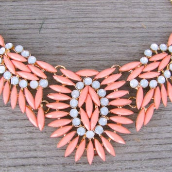 Foliage Necklace - Peach