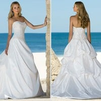 Ball Gown Taffeta Beach Wedding Dress Bridal Gown With Applique And Ruffles