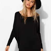 Silence + Noise Batwing Raglan Tunic Top - Urban Outfitters