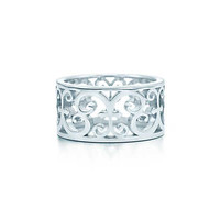 Tiffany & Co. - Tiffany Enchant® wide ring in sterling silver.