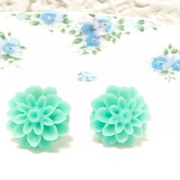 Cricket - Flower Stud Earrings | Luulla