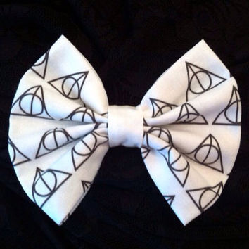 Harry Potter Inspired Deathly Hallows Fabric Hair Bow Medium Sized, Hogwarts, Hufflepuff, Slytherin, Gryffindor, Ravenclaw