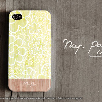 Apple iphone case for iphone iphone 5 iphone 5s iphone 5c iphone 4 iphone 4s iPhone 3Gs : vintage yellow flowers with wood (not real wood)