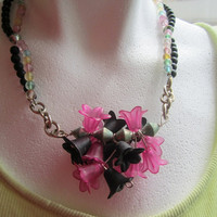 Black and Pink Flower Necklace by BijouxEmmElle on Etsy
