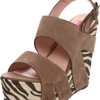 Betsey Johnson Women's Ajaya Wedge Sandal