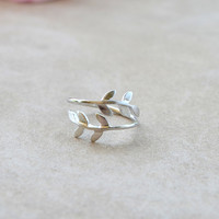 Leaf Knuckle Ring - Silver | Shop Civilized