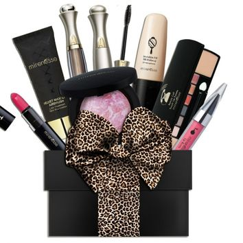 Glamm Box Brand New JULY Makeup. - VIP'S Pay Less - Get up to 5 Luxurious Makeup Products! - Mirenesse