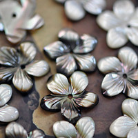 Black Mother of Pearl Flower  Beads Middle Drilled by SomeSupplies