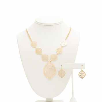 Stylized Leaves Cut-Out Necklace Set