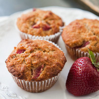 Strawberry Oatmeal Muffins Recipe | Simply Recipes