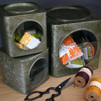 WINDOWED STORAGE TINS
