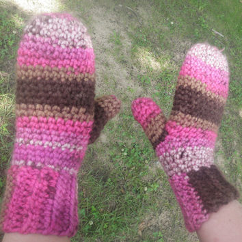 Crochet mittens, custom size and color, vegan friendly acrylic yarn, free USA shipping