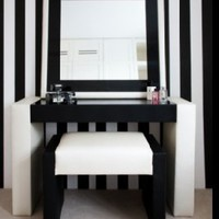 Retro To Go: Berkeley Dressing Table