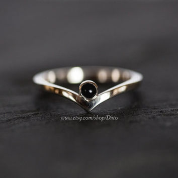 Size 7, Sterling Silver, Handmade Jewelry, Chevron Ring w/ Onyx Stone, Wishbone Ring, Statement Ring, Silver Jewelry, Ready To Ship!