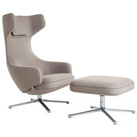 Grand Repos Lounge Chair and Ottoman in Fabric
