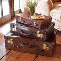 Vintage English Nesting Luggage  - NapaStyle