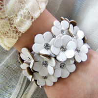 women jewelry bangle white leather with flowers by braceletcool
