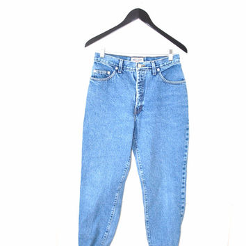 vintage high waisted stone wash GUESS mom jeans / relaxed fit boyfriend jeans