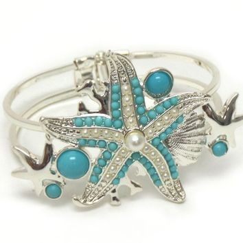 Beautiful Starfish Silver Hinge Bangle Bracelet