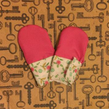 Cotton Flower & Stem Waterproof Teething Mittens