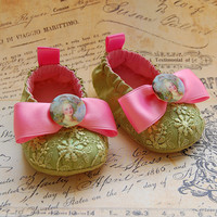 VIGNETTE-lime Green Baby Shoes | Luulla