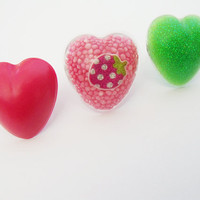 Set of 3 kawaii heart shaped resin rings by CapricaAccessories