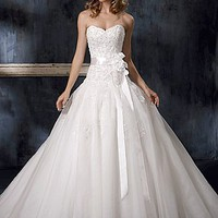 Buy discount Beautiful Strapless Sweetheart Wedding Dress at dressilyme.com