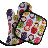 Handmade Oven Mitt and Pot Holder Set: Nesting Dolls