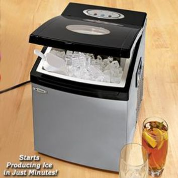 Ice Maker @ Fresh Finds