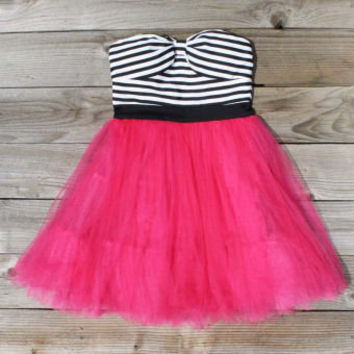 Tulle & Thread Dress in Strawberry