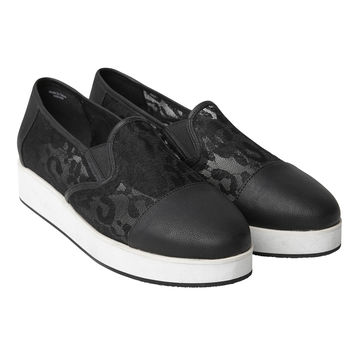 Hella Shoe | Walk on the wild side | Monki.com