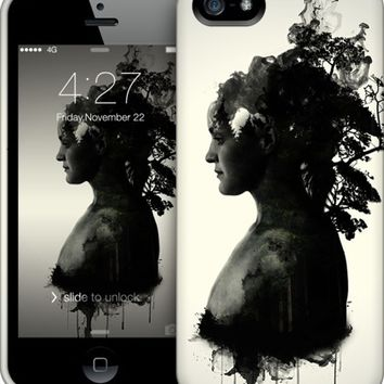 Mother Earth iPhone by Nicklas Gustafsson | Nuvango