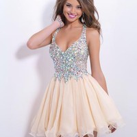 Stunning homecoming or formal dress.