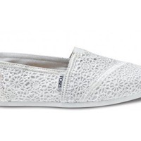 White Crochet TOM&#x27;S