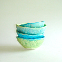 small bowl set pinch pot nesting bowls aqua by Clayshapes on Etsy