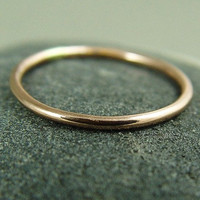 Rose Gold Ring / Skinny Gold Ring / Stacking by fallingleafjewelry
