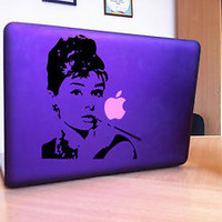 MACBOOK IPAD LAPTOP VINYL STICKER DECAL CUSTOM SIZE AUDREY HEPBURN T042