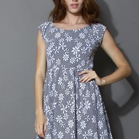 Full of Daisy Jacquard Dress