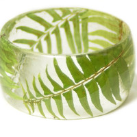 Green Fern Bracelet- Green Bangle- Green Bracelet- Resin Jewelry- Green Resin Jewelry- Flower Bangle- Green Resin Bracelet