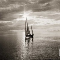 Diamond Head Yacht in Swiftsure Race Photographic Print by Ray Krantz at Art.com