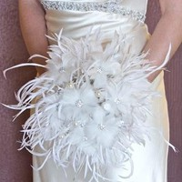 My Wedding Concierge -- feather bouquet 