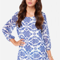 Just in Vase Ivory and Blue Shift Dress