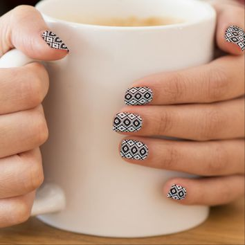 Black And White Mix - Nail Art