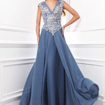 Tony Bowls Evenings TBE21417 at Prom Dress Shop