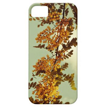 flowers in the sky iPhone 5/5S case