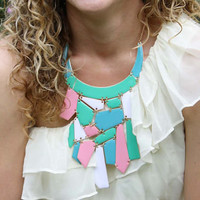 Mint & Nectar Necklace in Pink
