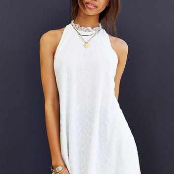 Oh My Love Lace Frill-Collar Sleeveless Shift Dress - Urban Outfitters