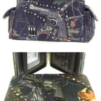 2 Piece Western Revolver Gun Camo Satchel Purse & Flat Clutch Wallet Set Brown Trim Camouflage