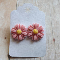 Light Pink Daisy Earrings Summer Inspired Daisy Studs Large Daisy Earrings Wedding Bridal Bridesmaids Gift Under 20