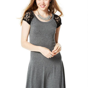 Short-Sleeve Lace Raglan Dress -